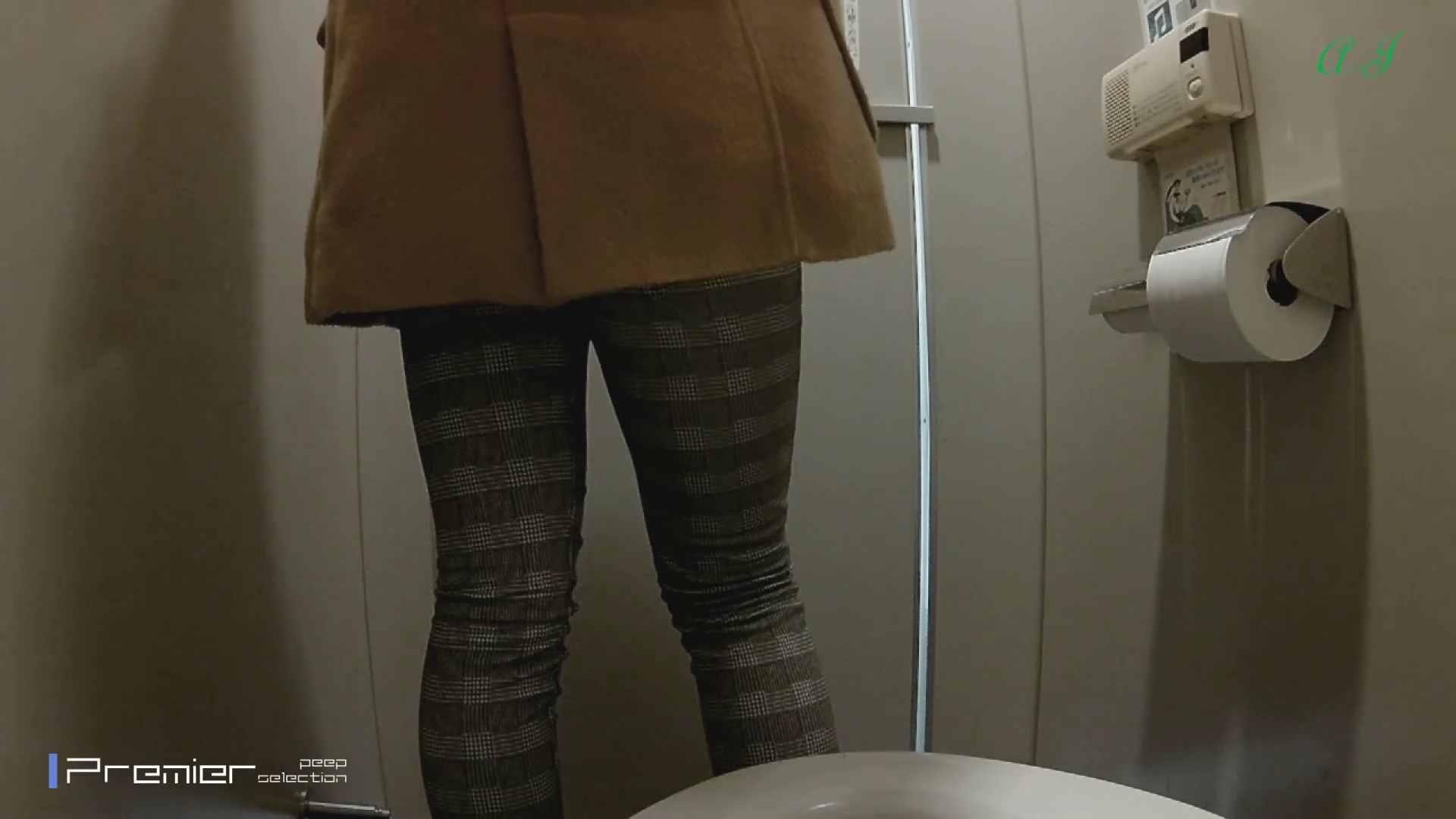 大あり美JDトイレ盗撮【有名大学女性洗面所 vol.80】 0 | 0  65画像 21