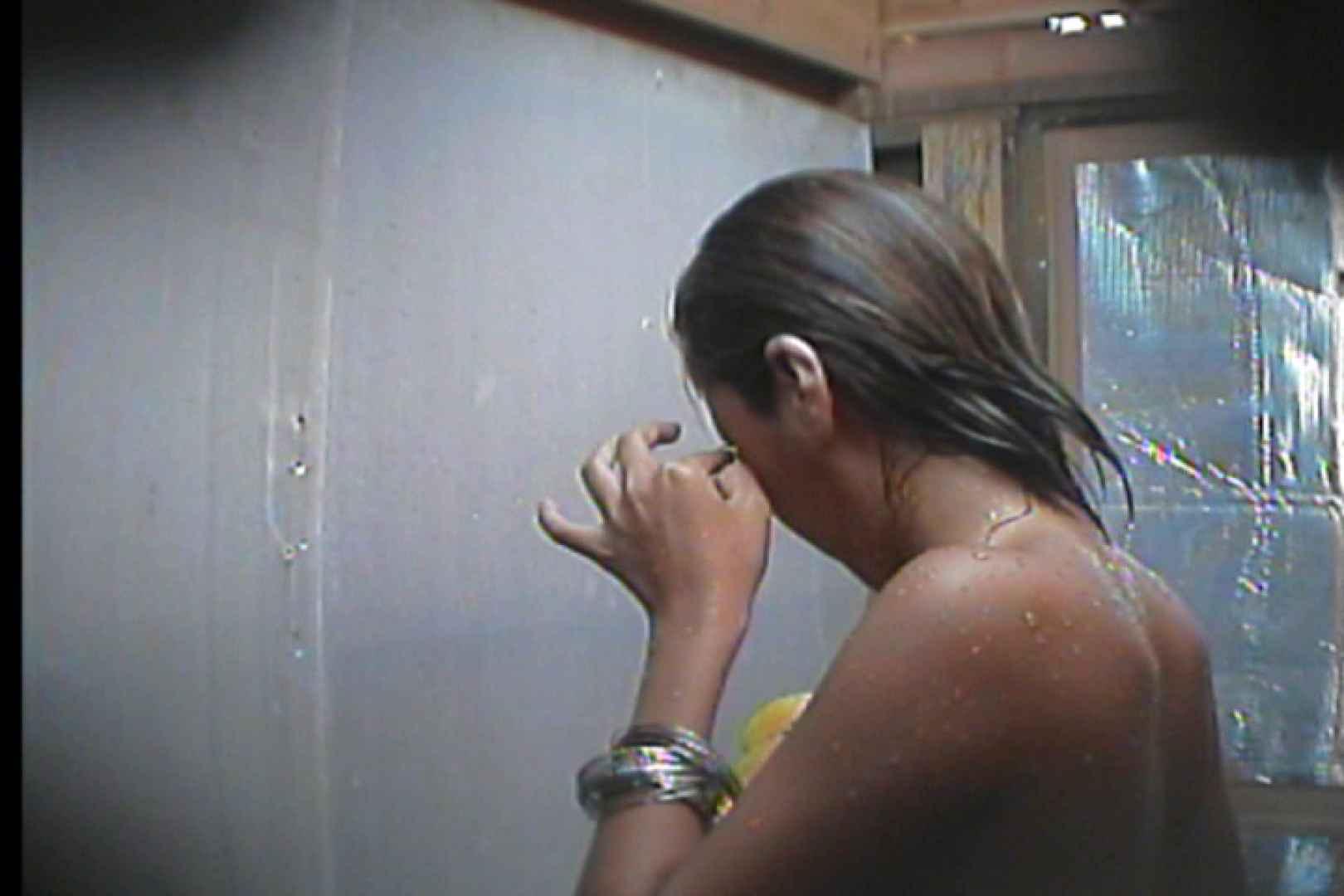 海の家の更衣室 Vol.18 シャワーシーン | 0  57画像 41
