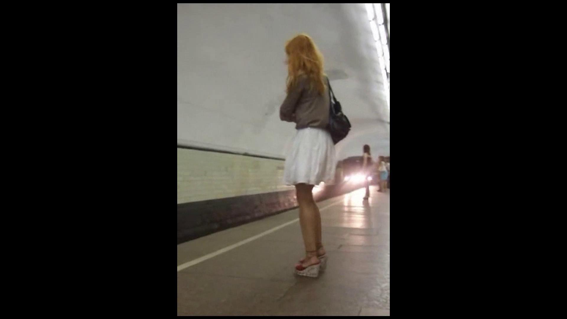綺麗なモデルさんのスカート捲っちゃおう‼vol03 お姉さん   0  110画像 110