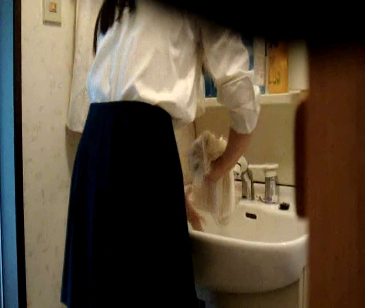 二人とも育てた甲斐がありました… vol.05 まどかが洗顔後にブラを洗濯 盗撮特集   おまんこ  86画像 69