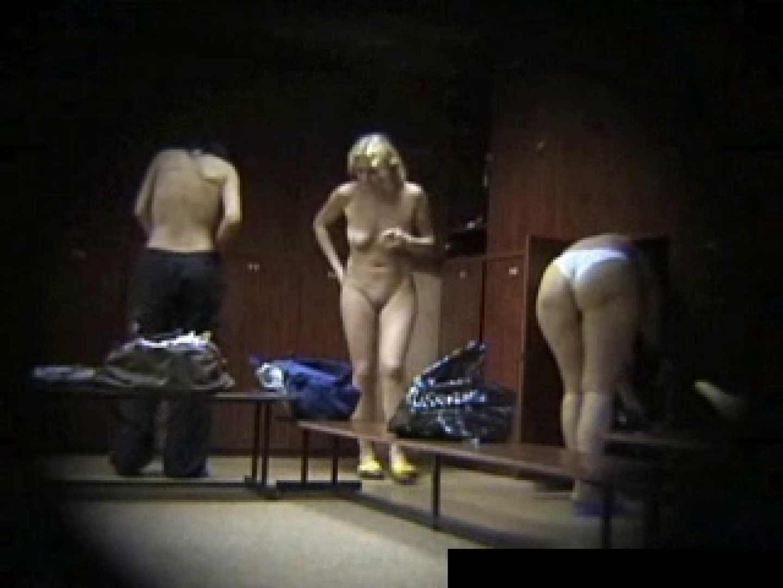 欧州ロッカールーム覗き撮り6 セクシーガール   フリーハンド  93画像 35