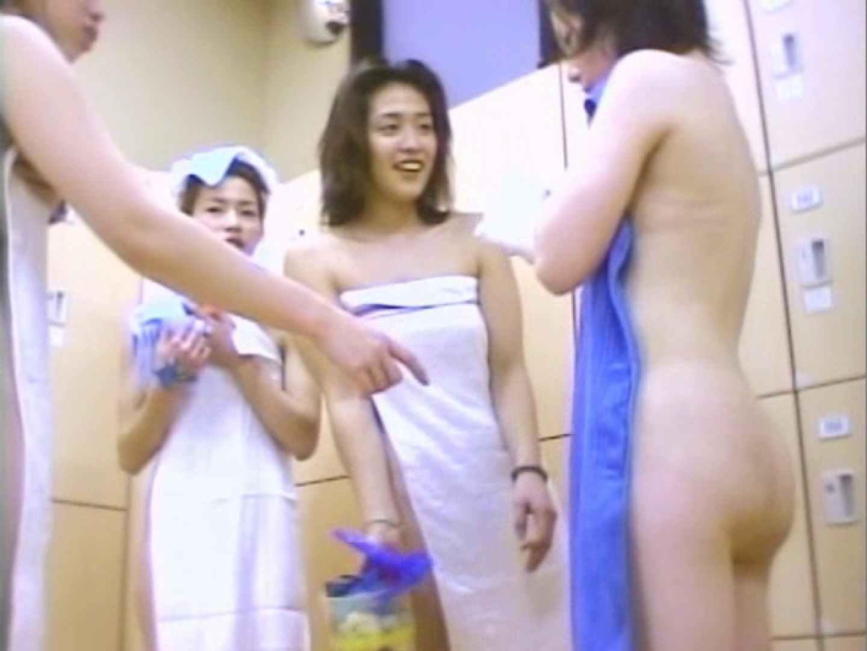 女風呂美女乱舞 脱衣所編 潜入画像 | 着替え  72画像 39